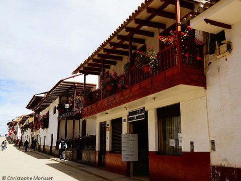 FORTRESS KUELAP - CHACHAPOYAS FULL DAYr