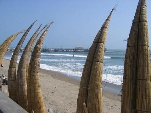 Trujillo Huanchaco Beach